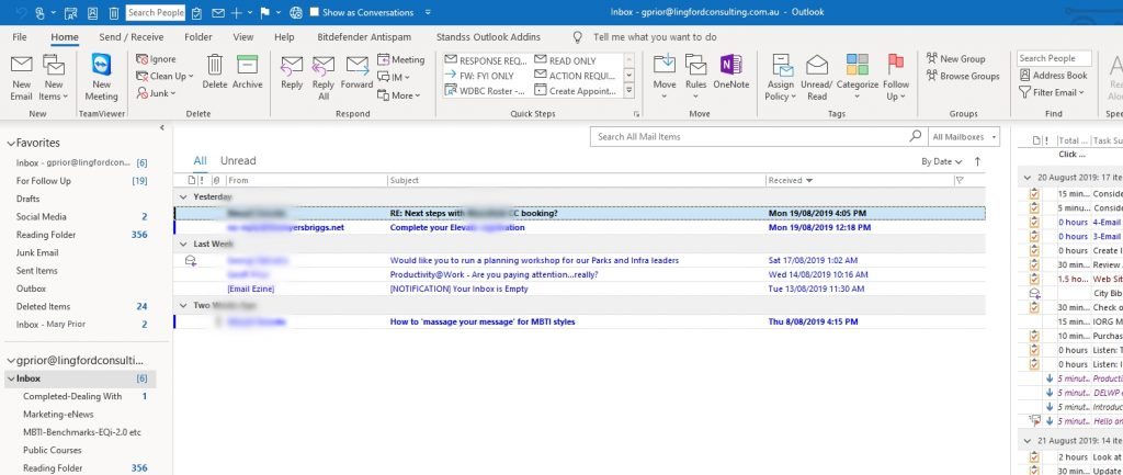 View of my Inbox with Outlook Reading Pane turned off.
